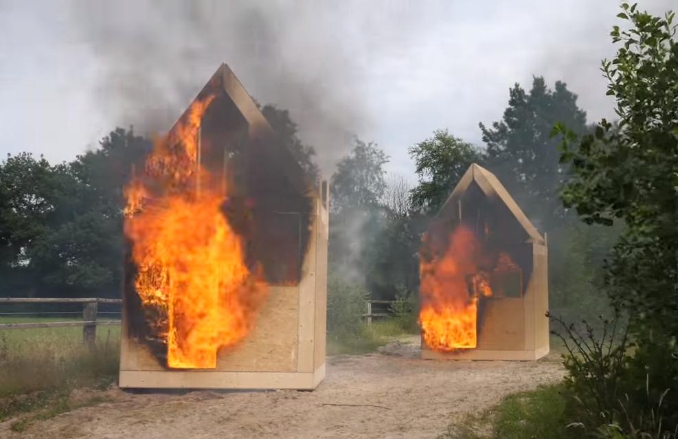 brandvergelijk cellulose en glaswol